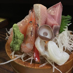 くろ屋 - 料理写真:刺身盛り1人前