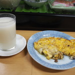 立呑処 新多聞酒蔵 - にごり酒 & カキオムレツ
