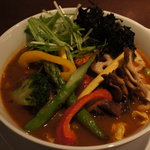 ラ・メゾン・ド・カリークゥー - 15種類の野菜+角煮+角煮+岩海苔