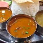 mitho Nepali Indian Restaurant&Bar - タカリセット