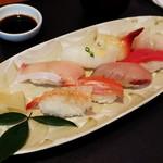 海鮮れすとらん 四季庵 - 上握り寿司8貫