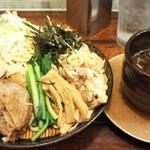 麺屋 空海 - 特製つけ麺の特盛 1220円