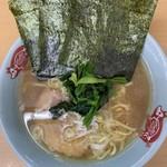 町田家 - ラーメン並¥720