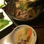 石井のお蕎麦 - 鴨鍋は、さっぱりしたスープで飲みやすいです