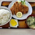 中川食堂 - トンカツ定食