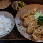 とんかつ冨貴 - カキフライ定食
