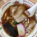 みやひろ - 料理写真:中華そば 650円
