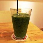 セゾン・デリカフェ - 青汁(ほうれん草・小松菜・りんご・キウイ・はちみつ)350円