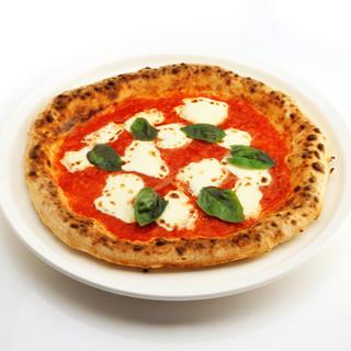 石窯で一気に焼き上げる伊勢崎屈指の本格Pizzaに魅了される