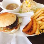 Burgers Cafe Pon Pon - 肉肉バーガー