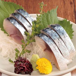 脂が十分にのった館山の鯖を使用