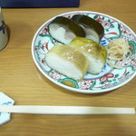 10368473 - 鯖寿司雀鯛寿司の盛り合わせ