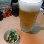 10368796 - ビール生(中)、お通し