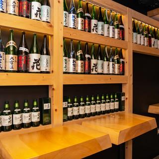 長野の地酒と選び抜かれた銘酒から、お気に入りの一杯を。