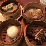 香港蒸蘢 - ほうれん草焼売/小龍包/角煮ちまき/カスタード饅頭