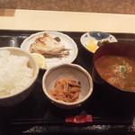 103696009 - 豚汁定食(焼魚付)900円(税込)