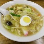 若竹中華飯店 - 料理写真:妻は二週連続、五目ラーメン430円。