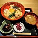 釣船茶屋 ざうお - [料理] みつせ鶏 炙り親子丼 セット全景♪w