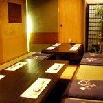 和食工房 - お座敷は掘りごたつ式