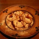 十割そば 素屋  - 黄粉餅、黒蜜掛け