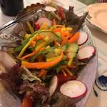 てだこ亭 - 県産野菜のサラダ