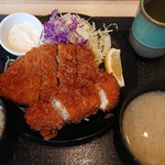 松のや - 『ロース&ささみカツ定食』(税込み680円)