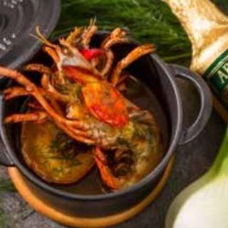 カナダ産オマール海老のグリル殻から抽出した出汁スープ仕立て