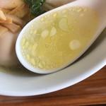 らーめん 三福 - 秀逸なスープ