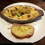マンジャーレ - 牡蠣とインゲンのグラタン