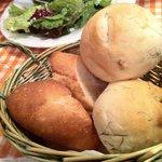 10374270 - 自家製パンとフランスパン