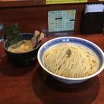 つけ麺 石ばし - 料理写真:つけ麺 大 400g+チャーシュー2枚