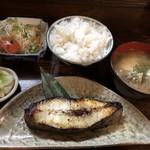 103765356 - カレイの西京焼定食