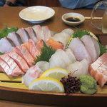 海食処 笑門家 - 料理写真:刺身盛り合わせ♪