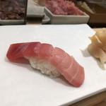 築地寿司清 - 中トロ