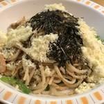 リトル小岩井 - タラコスパゲティに粉チーズ