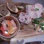 鎌倉グリル 洋食ビストロ - 前菜盛り合わせ2人分