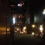 103783542 - 神楽坂かくれんぼ横丁の落ちついた雰囲気