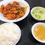 中華料理 麒麟 - 辣子鶏定食(ごはん大盛り)