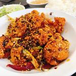 中華料理 麒麟 - 辣子鶏定食(ごはん大盛)