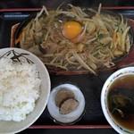 大勝食堂 - 料理写真:スタミナ定食780円