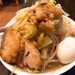 ラーメン パワースポット - 料理写真:小ラーメン、野菜増し、カラメ&味アブラ 少し 味玉トッピング