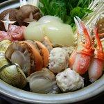 うら嶋 - 今年の海鮮鍋は、コラーゲンたっぷり入ってます!