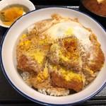 とんかつ 銀座梅林 - ヒレカツ丼 780円。
