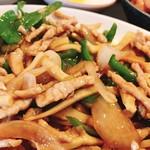中華料理 福満亭 - 日替わりの青椒肉絲