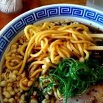 とんこつ えびすこ - 俺のブラックの麺