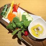 肉とチーズのお店 タペオ - バーニャカウダ(1,500円)
