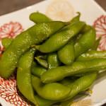 朝挽き鶏 炭火串焼き 牡丹 - から塩麹枝豆