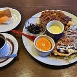 コナ カフェ - Bigモーニング(480円)、モーニングのドリンクはブレンドコーヒー