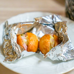 リストランテ ラ・バリック トウキョウ - 自家製パン、玉ねぎ、ベーコン