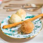 リストランテ ラ・バリック トウキョウ - 自家製パン